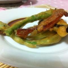 Tempura de verduras con salsa teriyaki